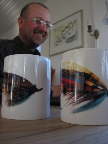 The tyer and his mugs
