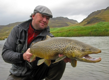 A 78 centimeter sea trout -