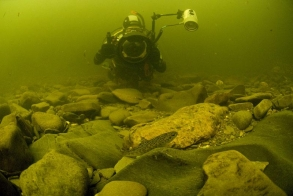 David underwater - Photographing a trout