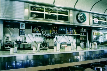 The Truckee diner - Judging from the clock we had a late breakfast here