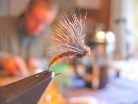 Elkjaer Caddis in the vice - Shot on the same day while I was tying up a bunch, catching the ambiance in our cabin