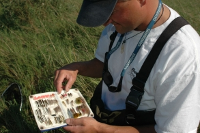 BC Guide Erik Skaaning shows the box - When the guide pops his box, you keep your eyes open