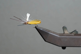 Parachute dry fly - Tied by David Cowardin