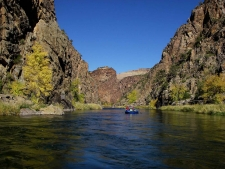 Canyon floating -