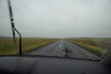 Our fate - Iceland as it often looks: long roads, wide horizon, clouds, rain.