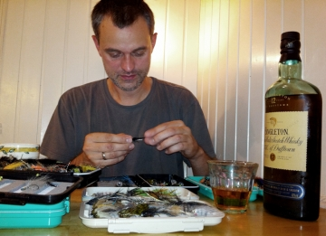 Good fly tying - A good Scotch always improves your flies, even on film