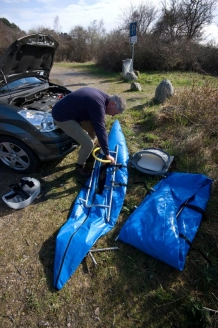 Inflating - Assembling the pontoon boat is a demanding task that I can no longer manage without help, here provided by my good friend Henning.