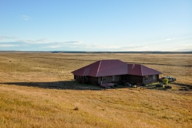 Despedida Lodge - Despedida Lodge, set in the rugged landscape of the Patagonian Steppes