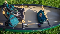 Packing te canoe - Seat, cushion, vest, lanyard, rod and a bag