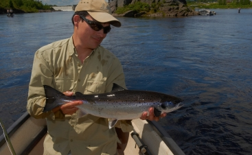The fishing buddy - Per with a grilse