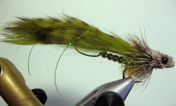 Olive Rattlesnake - An olive Rattlesnake streamer tied by the originator
