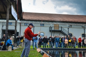 Rudy demonstrating casting - You will often find Rudy van Duijnhoven at the casting demo pool at fly shows
