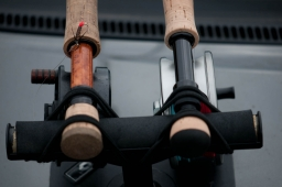 Mirrored - The two possible setups: a rod for a right handed on the left and for a left handed on the right. Some right hand casters actually have the handle on the right side, and switch hands when retrieving and fighting