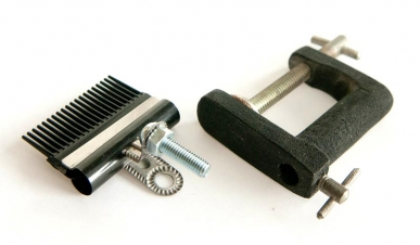 The parts - A bulldog clamp, a bolt and a nut and a C-clamp
